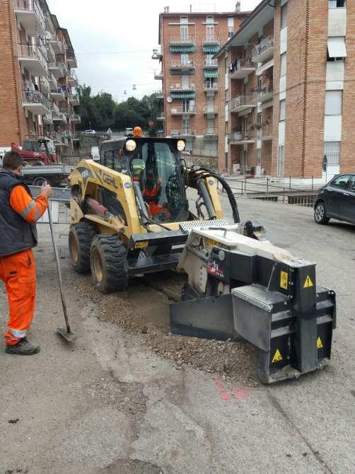 realizzazioni canaline e scavo per passaggio tubazioni e linee banda larga